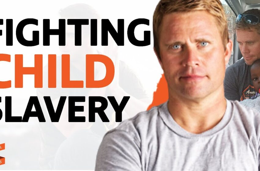 Tim Ballard EXPLAINS THE ISSUE Of Human Trafficking & How To PROTECT YOUR CHILDREN From It