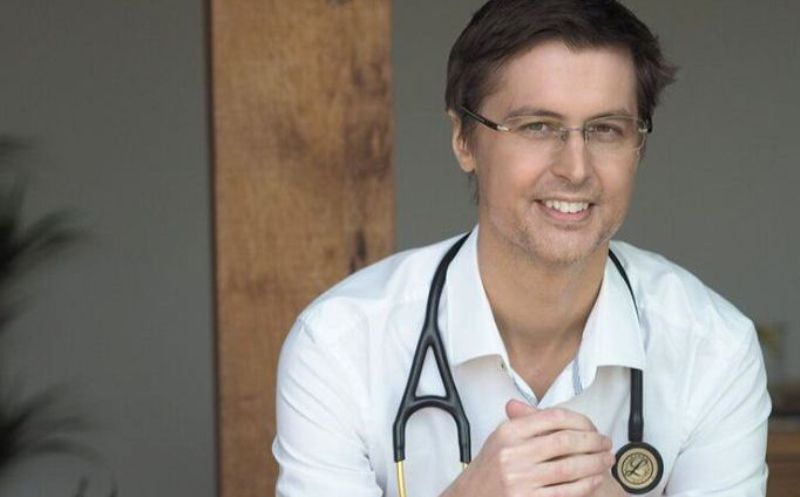 Why I Resigned as a Doctor in the NHS With Dr Sam White