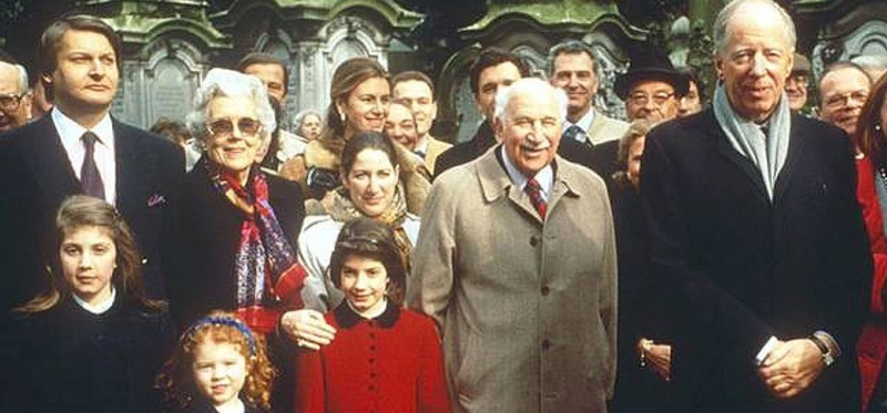 Meet the Rothschilds, the Richest Family of All Time Who Started World War I To Make Money