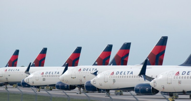 Delta Airlines Ditches Vaxx Mandate